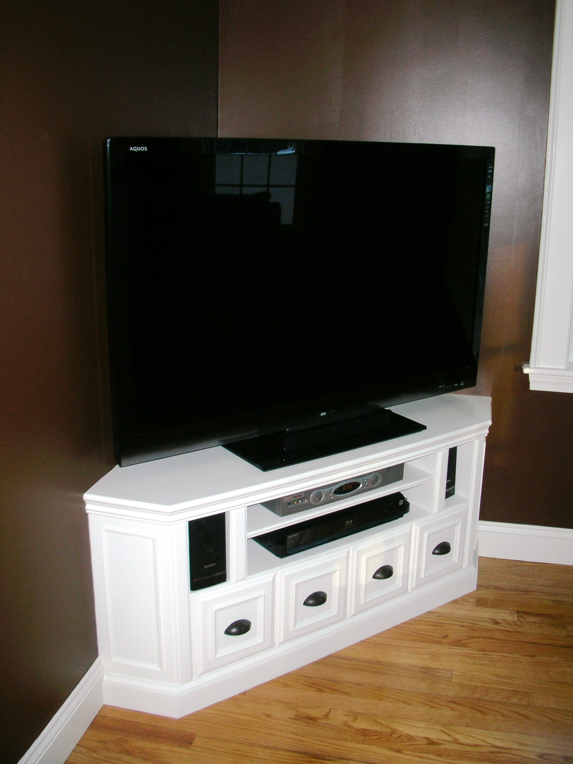 Amazing Built in Corner TV Cabinet 1944 x 2592 · 824 kB · jpeg